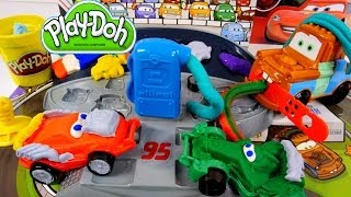 getlinkyoutube.com-How To Make Playdough Cars 2 Lightning McQueen Play Doh Mold 'n Go Speedway Pixar Car Toys