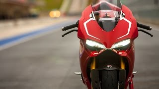 getlinkyoutube.com-Ducati 1199 Panigale R Fly By & Termignoni Exhaust Sound Test