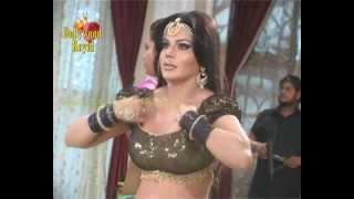 getlinkyoutube.com-Hot item number by Rakhi Sawant for Bhojpuri film ''Katta Tunnel Dupatta Paar'' 3
