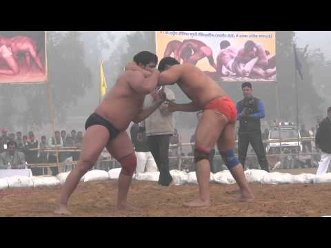 Heavyweight match at hindkesari dangal