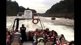 getlinkyoutube.com-Paseo en gomon bajos las cataratas de Iguazú