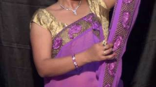 getlinkyoutube.com-Drape sari with flat front pallu...easy style of sari draping with deep neck jewellery visibility