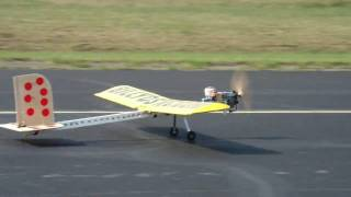 getlinkyoutube.com-World's First RC Flying 2x4 Plane with a Weed Wacker motor.Maiden Flight