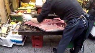 getlinkyoutube.com-Street Food Japan | Japanese Tuna Sashimi Preparation | Osaka Japan