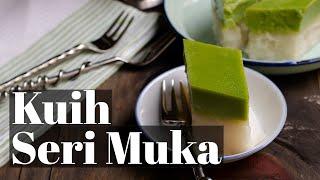 getlinkyoutube.com-Pandan Custard- Glutinous Rice Layers / Kuih Seri Muka/ Pulut Sekaya