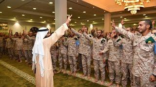getlinkyoutube.com-محمد بن راشد يشارك مجندي الخدمة الوطنية طعام الإفطار