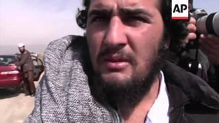 getlinkyoutube.com-Afghan government releases a number of prisoners from Bagram prison