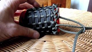 getlinkyoutube.com-Paracord pouch