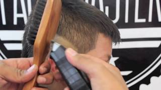 getlinkyoutube.com-How to do a Burst Fade Mohawk  by Andy FadeMaster
