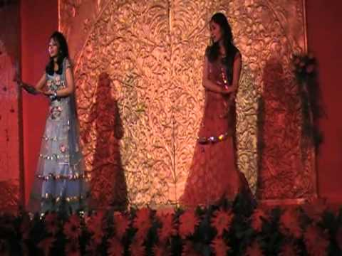 Leja leja re choreographed by Deepshikha Arora for a wedding event in Agra 2011