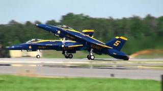 getlinkyoutube.com-【HD】MCAS Beaufort Air Show 2011 BlueAngels