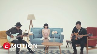 getlinkyoutube.com-Cassandra - Cinta Dari Jauh (Official Video)