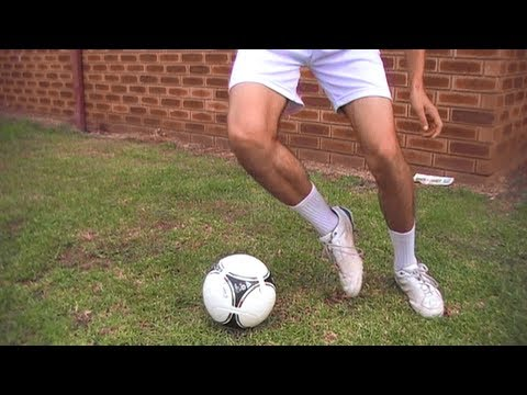 Football Skills and Tricks -vnByd25VtbQ