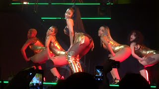 getlinkyoutube.com-Nicki Minaj - Anaconda (Live) @ Paris (26.03.2015) HD