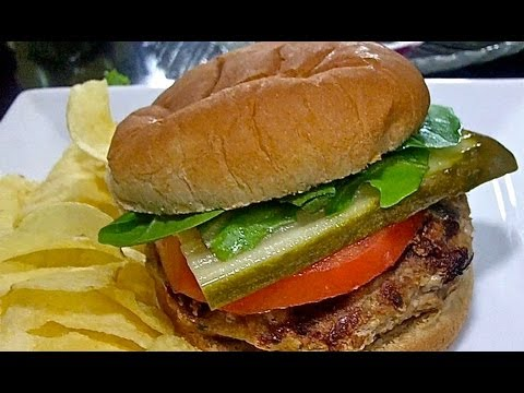Easy Turkey Burgers Recipe: How to make JUICY, flavorful turkey burgers!