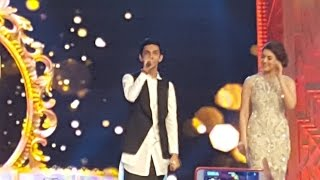 getlinkyoutube.com-Anirudh says Ajith's name crowd roars in Siima awards 2016
