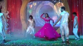 getlinkyoutube.com-Bride Dance - Soummya   Sangeet   Galiyan   Deewani Mastani