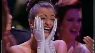 getlinkyoutube.com-Aishwarya Rai Miss World 1994 Crowning Moment