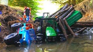 getlinkyoutube.com-RC BRUDER Traktor and Jeep falls into water river.