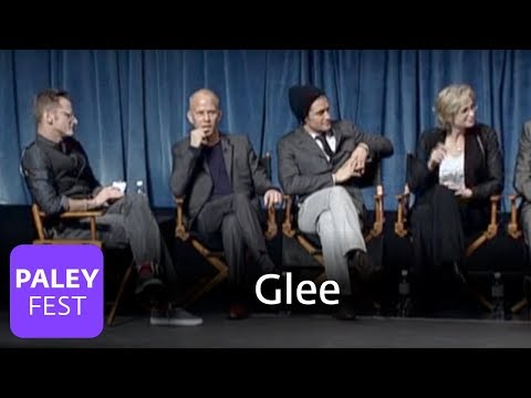 Glee - Puck's Mohawk, Kurt's Boyfriend, Jonathan Groff (Paley Center Interview)