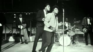 """getlinkyoutube.com-James Brown performs """"Please Please Please"""" at the TAMI Show (Live)"""