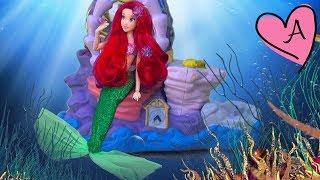 getlinkyoutube.com-La sirenita - Historias en español con muñecas y juguetes de Disney y Barbie para niñas y niños