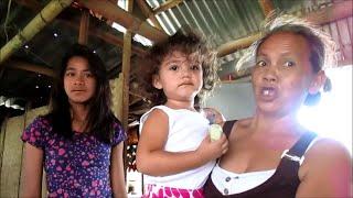 getlinkyoutube.com-Visiting Filipina Rhea and her family in Sta. Santa Barbara Iloilo Philippines. Video 2 of 3