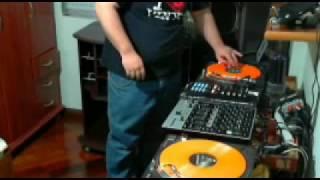 getlinkyoutube.com-DJ Xelao Mixing EuroDance 90's - 10-09-2011