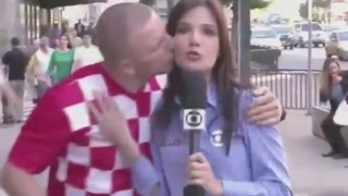 getlinkyoutube.com-Situações engraçadas durante reportagens ao vivo. TENTE NÃO RIR !