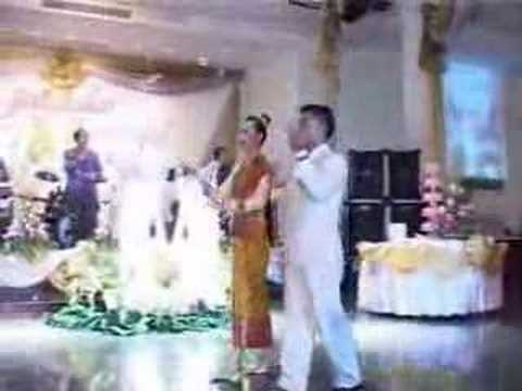 LAOS Lao Wedding Pt 9 12 Honor guests arrive Bounnisa 18122 views 4