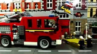 getlinkyoutube.com-LEGO FIRE RESCUE TRUCK 6752