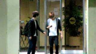 [fancam] 110513 Hyper Yesung walking-dancing @ carpark after Kiss The Radio