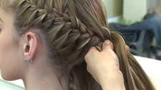 getlinkyoutube.com-Activa Mujer - Peinado para egresadas con Mario Gabriel