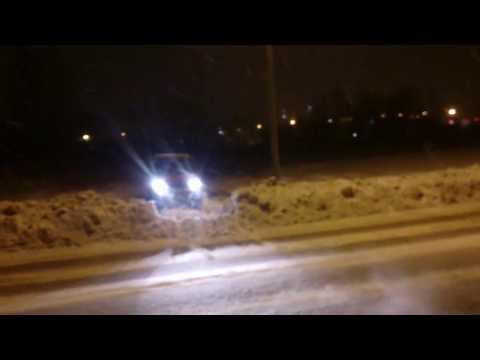 ЛуАЗ и переезд чищенной дороги