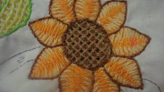 getlinkyoutube.com-Bordado Fantasia Girasol