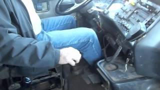 getlinkyoutube.com-Driving the 1994 Autocar Dump truck (with 3406E 475hp and 18 speed)