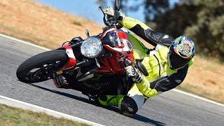getlinkyoutube.com-Ducati Monster 1200 R - Testride Circuito Ascari