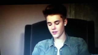getlinkyoutube.com-Justin Wants To Kiss Selena on New Years Eve