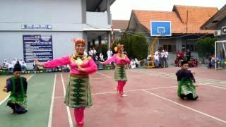 Tari sirih kuning Man 19 Jakarta