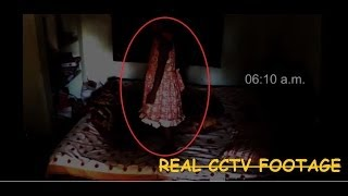 getlinkyoutube.com-Girl get possessed by ghost?? Scary ghost girl caught on CCTV Camera :