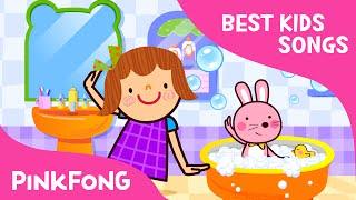 getlinkyoutube.com-Splashing in the Bath | Best Kids Songs | PINKFONG Songs for Children