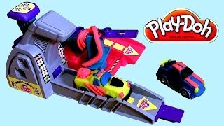 getlinkyoutube.com-Play Doh Demolition Derby Playset - Its Hot Wheels MAYHEM ! Mold n Launch Playdough Race Cars