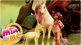 getlinkyoutube.com-Mia and me - Season 1 Episode 5 - The Golden Son (Clip2)