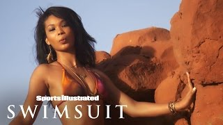 getlinkyoutube.com-Chanel Iman Shakes Her Booty For You In These Outtakes | Sports Illustrated Swimsuit