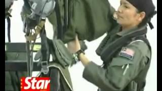 getlinkyoutube.com-Malaysia's Female MIG Fighterjet Pilot