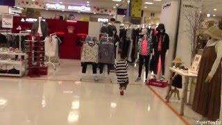 getlinkyoutube.com-토이저러스 터닝메카드 카봇 본 쇼핑 Turning MeCard & Carbot Bon Shopping at Toyrus!