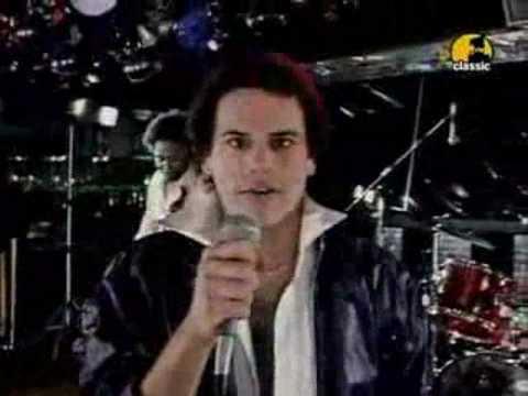 Please Dont Go de Kc The Sunshine Band Letra y Video