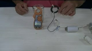 MEDIR CAPACITORES CON PINZA AMPEROMETRICA. - MEASURE capacitors clamp meter.