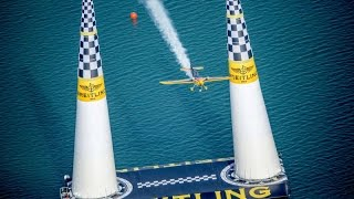 getlinkyoutube.com-Best Action from the 2014 Red Bull Air Race Season