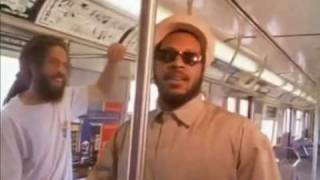 getlinkyoutube.com-Ini Kamoze - Here Comes The Hotstepper (HQ)